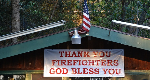 Thank you Firefighters sign at La Cabana Restaurant in North Fork