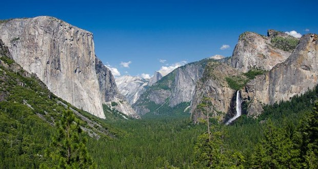 Tunnel View - photo by Johan Viirok wikimedia