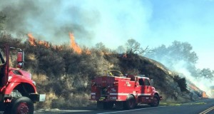 Engines on Highway 41 Fires - photo Adam Raimer