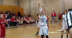 YHS Badger Bulletin Yosemite High Ashlee Harrel CROPPED girls basketball Jan 2015