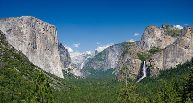 Tunnel View - photo by Johan Viirok wikimedia - Copy