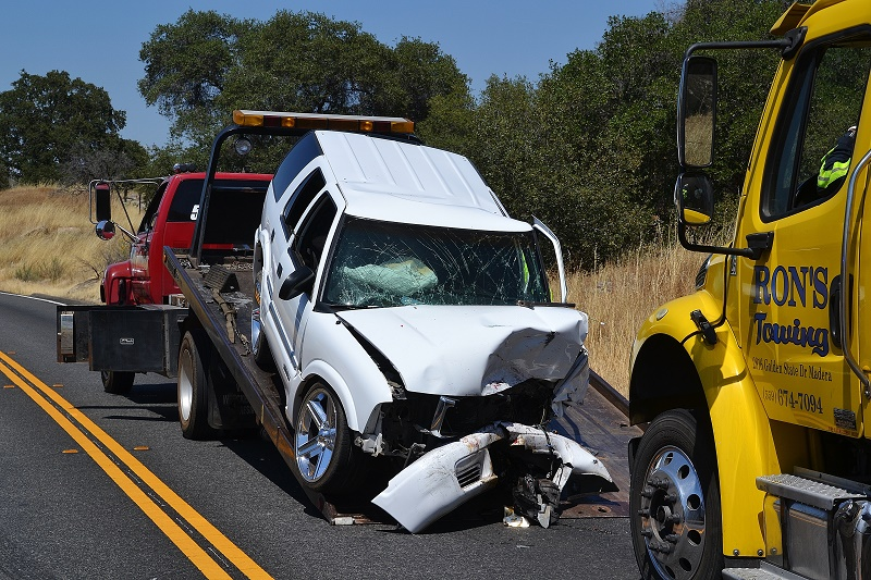 Two Crashes On Highway 41 One Dui Arrest Sierra News Online