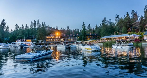 Jazz on the Lake at the Pines Resort - photo by Kim Lawson