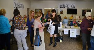 authors_event_at_oakhurst_library_9-27-14