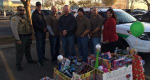 Madera County Deputy Sheriffs' Association toy drive 2015