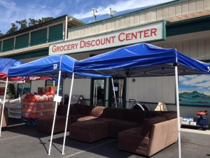 Groocery Discount Center exterior