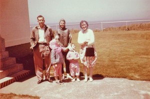 Uncle Ted, Mom, Aunt Wilma,  Candace and my Sister Cindy Circa 1961