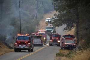 Engines along Road 420 at Sundance Fire