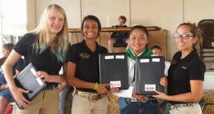 Sept 2015 Eden Hussey 2nd from right Madera Fair Coarsegold 4-H photo by Carrie Jenkins