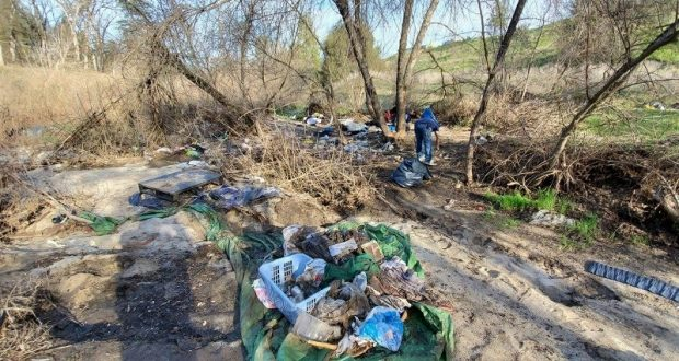 Emadco Spearheads Cleanup Of Abandoned Homeless Camp
