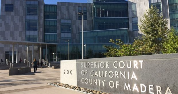 Image of the front of the Madera Courthouse
