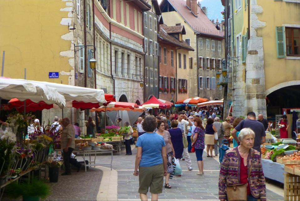 Keith Market in Annecy