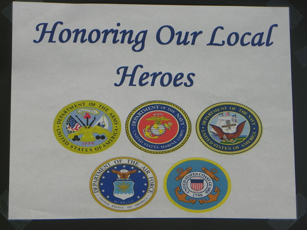 Coarsegold Miners Grill honoring our local heroes sign on Veterans Day 2013 - photo by Kellie Flanagan