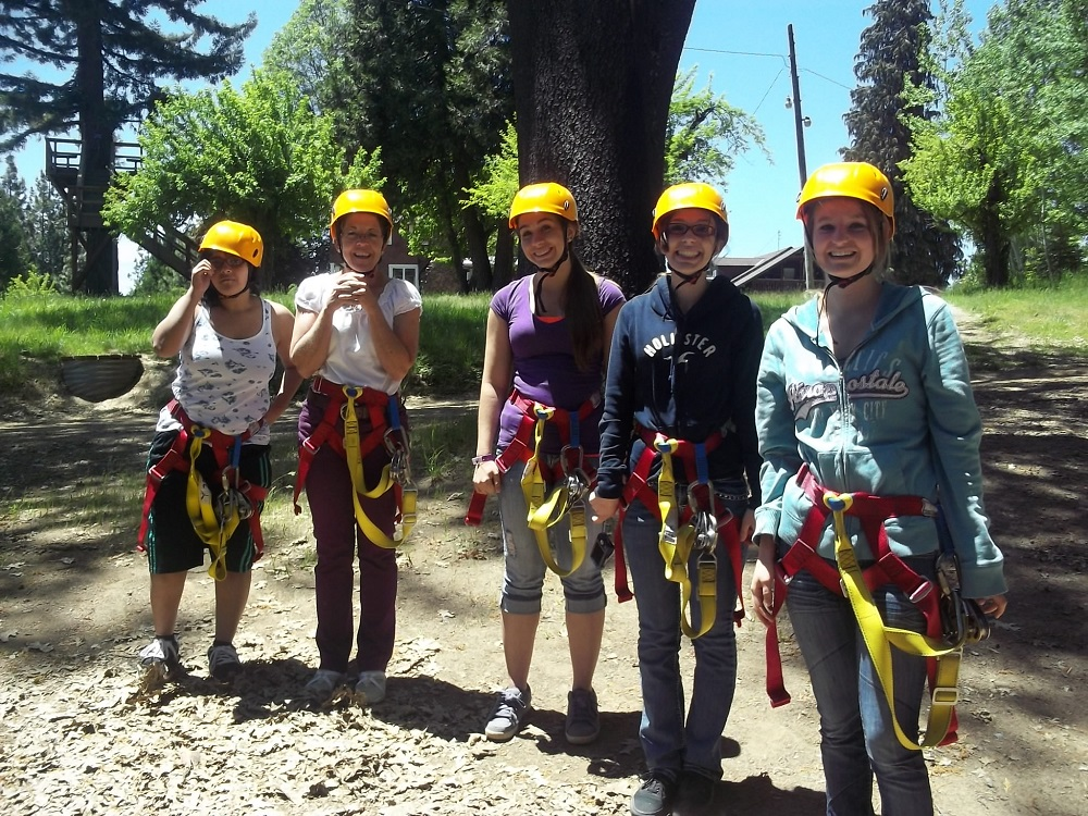 Zip  Yosemite - YHS Students and teachers aide after the zipping - Photo by Kellie Flanagan