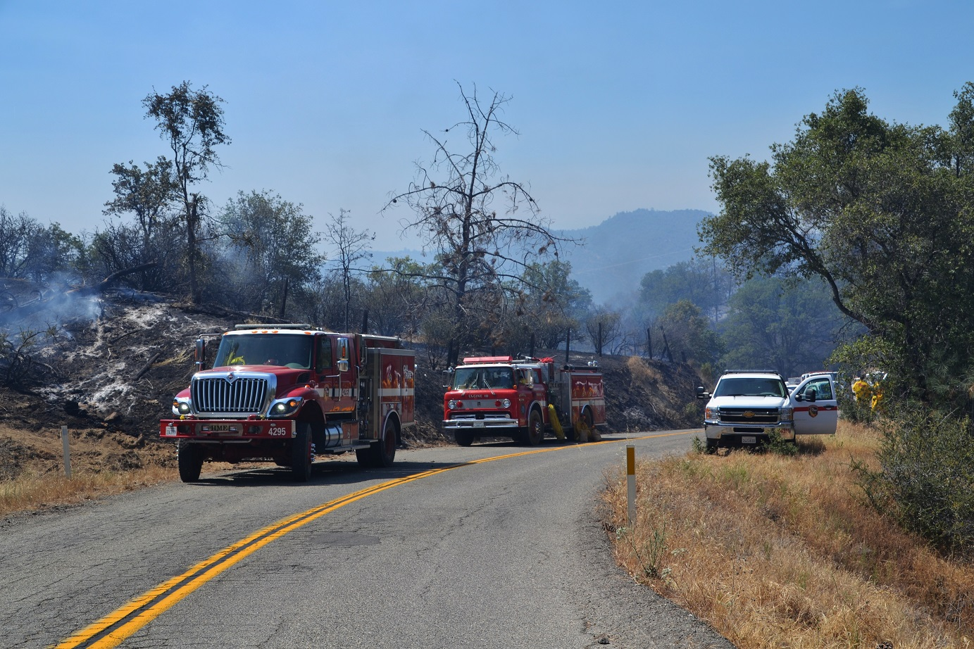 Local engines on Corrine Fire - photo by Gina Clugston