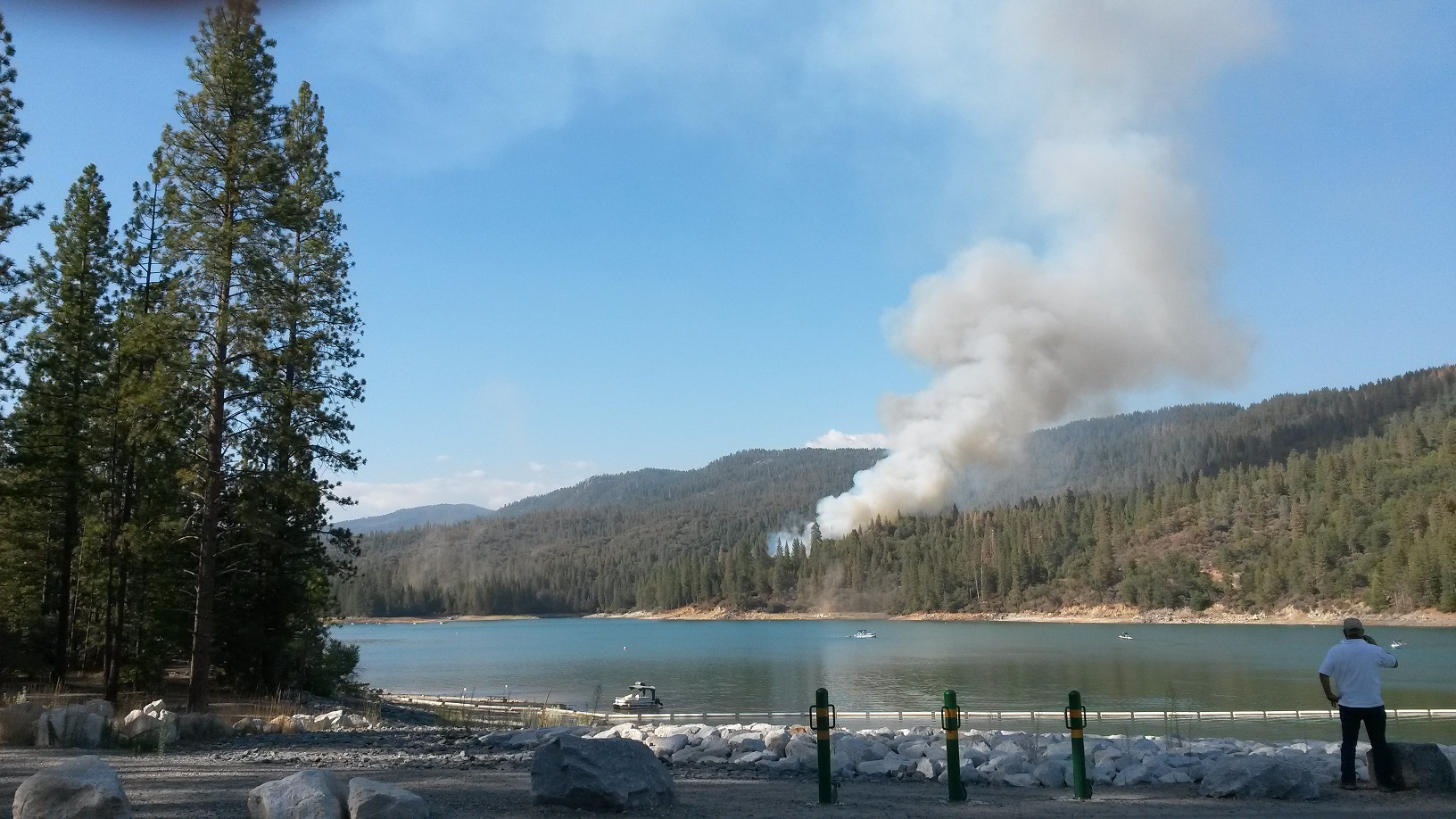 Pines Fire from Bass Lake Dam - photo by Ginger Foust