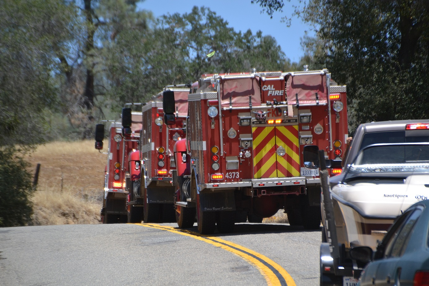 Strike Team Arrives at Red Fire - photo by Gina Clugston