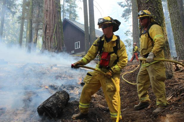 Hotspotting at Crane Flat Ranger Station - photo USFS Mike McMillan