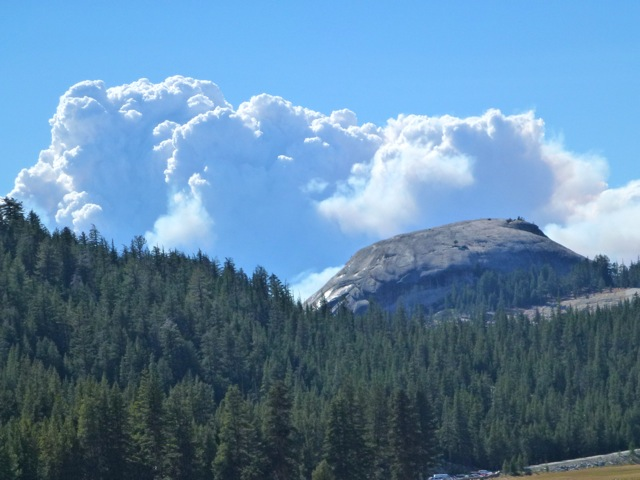 Rim Fire from Tuolmne Meadows - photo by Gary Gilbert