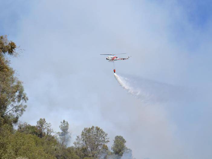 Road 200 Fire 8-27-12 helicopter drop