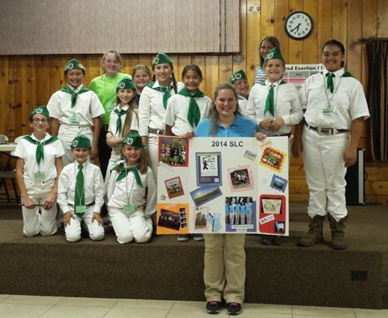 Coarsegold 4H TLAW Victoria Bodine with Leadership Project members 2014
