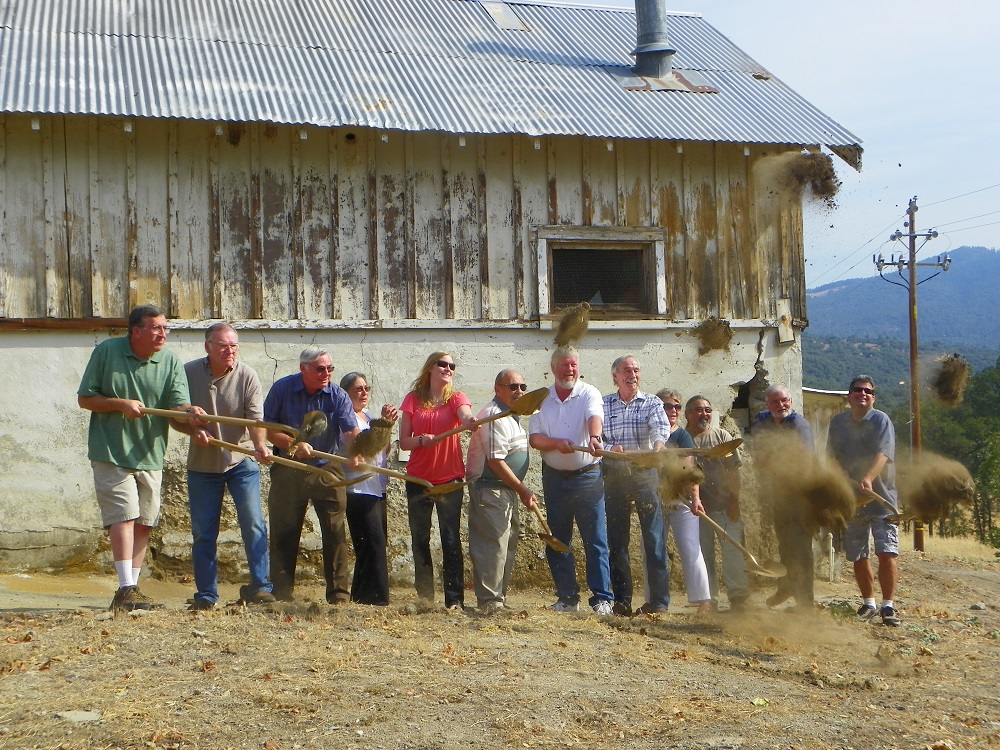 Ahwahnee Hills Regional Park - the dust flies at a key partners meeting June 28 2014 - photo by Kellie Flanagan