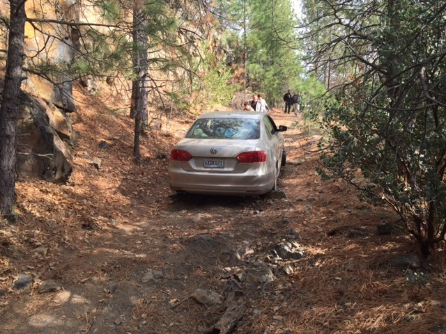 Safir familys car lost on dirt road - photo Mariposa County Sheriff