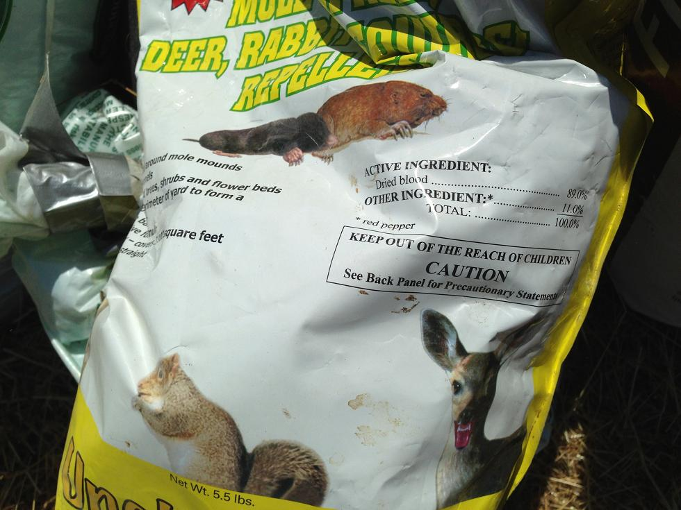 Bags of poison - photo Madera County Sheriff