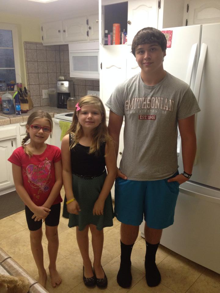 2nd and 3rd grader at Rivergold and Freshman at YHS Addyson Trinity and Kynder by Lindsay Adler