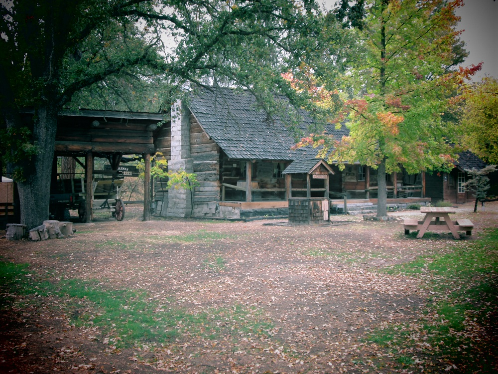 Evergreen students take shots of Fresno Flats Historical Park - fall colors - photo by EHS student