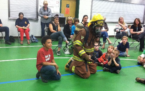 Tony Brown demonstrates breathing apparatus - photo by Robyn Flory