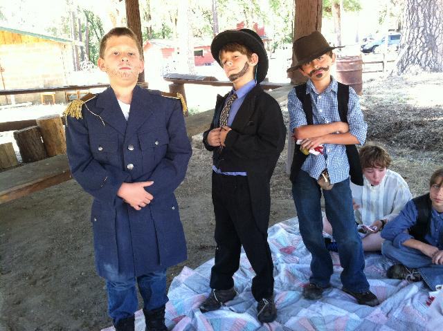 Students at Pioneer Days 3 - photo by Taylor Seaboalt