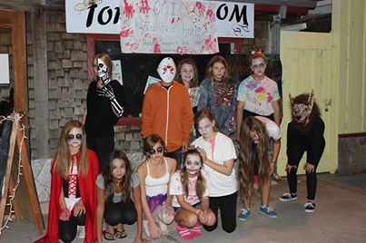 7th and 8th graders at OCI put on a haunted house at bass lake - photo by Helen Cheng