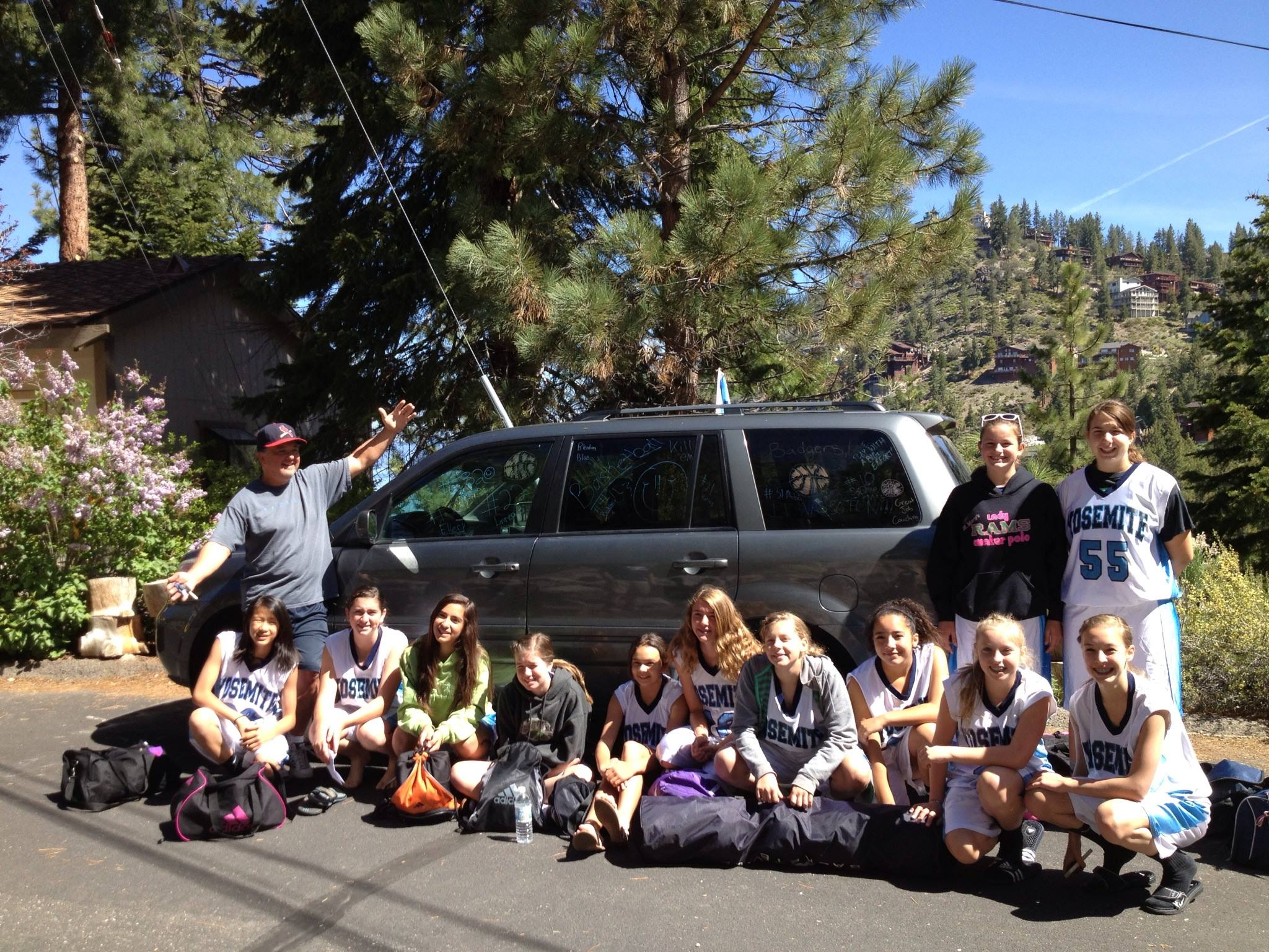 Yosemite Badgers Girls Basketball in Tahoe II - photo by Stacey Montalto 2014