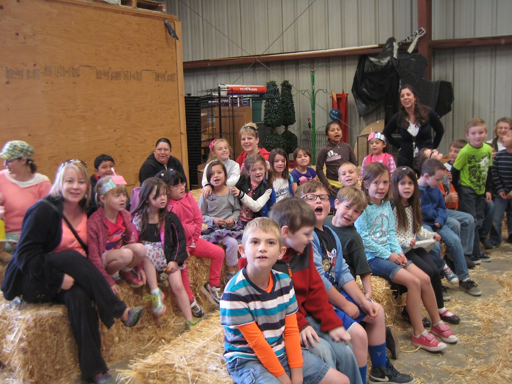 Earth Day for OES Students - kids and teachers celebrate at Oakhurst Feed store - photo courtesy of Kathleen Murphy OES Principal 2014