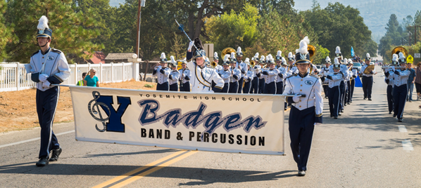 YHS Badger Band on parade in Oakhurst - 2014 - Photo by Steve Montalto HighMountain Images