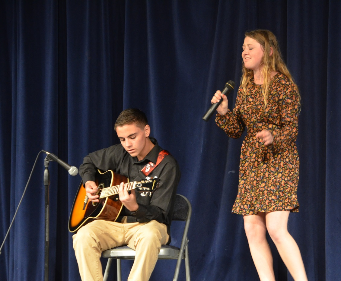 2nd place Alex Dugovic senior Lacey Frye junior YHS talent show Feb 2 2015 - photo by Jamie Longmore