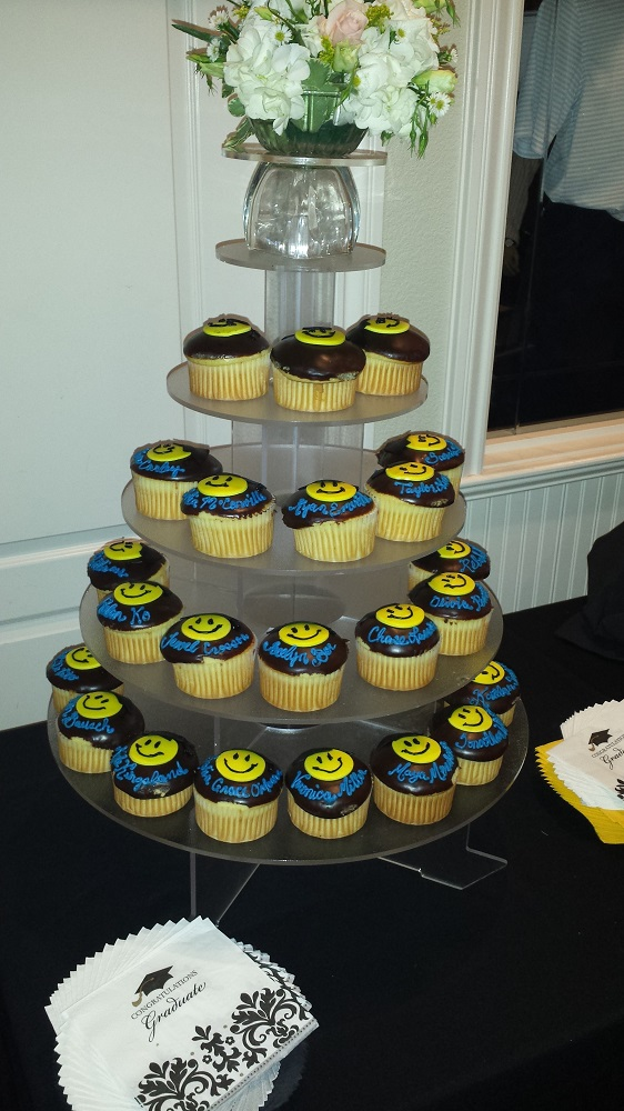 Personalized Cupcakes at the Pitman Awards - photo courtesy of Laura Norman, Sierra Tel