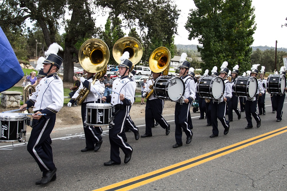 YHS Band perform in Mountain Heritage Days parade - photo by Virginia Lazar
