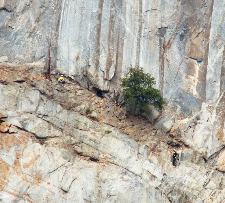 Yosemite Leaning Tower YOSAR rescue - June 2013 - Bartlow and Tietze - Photo by Tom Evans - El Cap Report