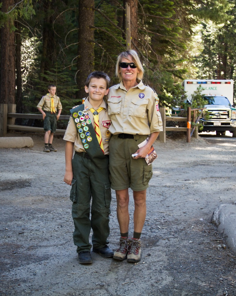 Yosemite Grant Act Anniversary 2014 - Laurel and Shane Duckworth from Boy Scout Troop 341 in Oakhurst greet visitors to Yosemite celebration - photo credit Virginia Lazar