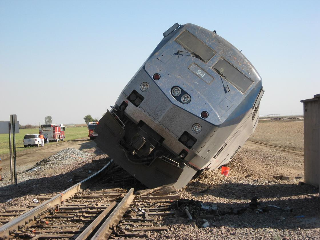 Amtrak Locomotive Derailed 10-1-12