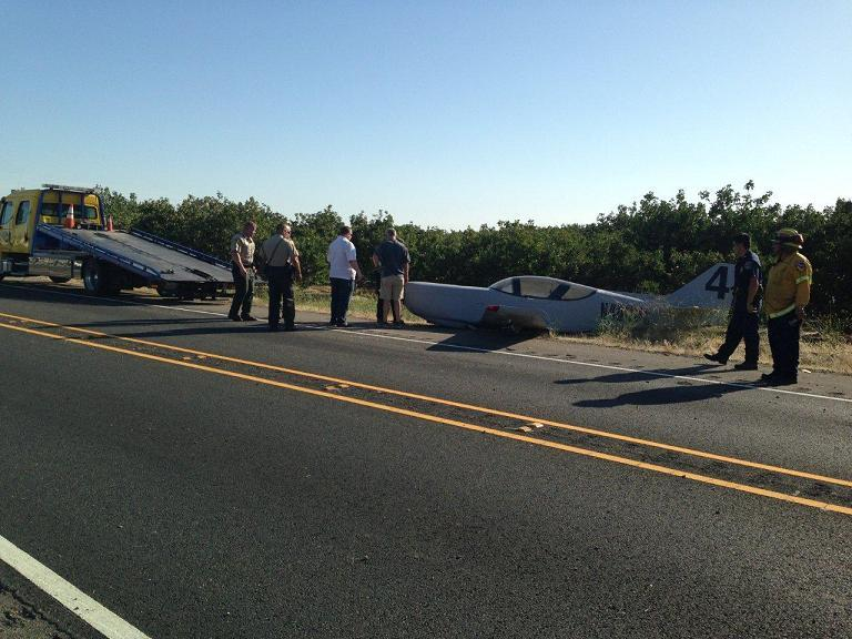 Preparing to load aircraft onto tow truck - photo courtesy of Madera Co Sheriffs Office