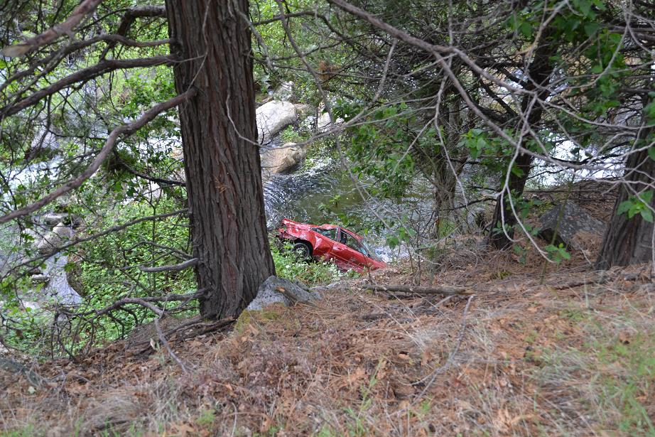 Steep slope down to Willow Creek crash