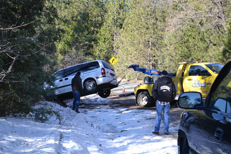 Teaford and Thornberry Chevy Venture on Wrecker 1-14-13