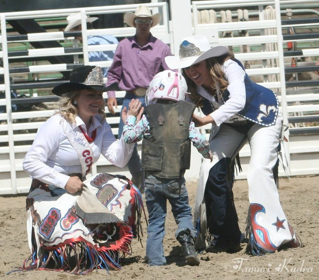 Coarsegold Rodeo photo by Tammi Kudra 2015