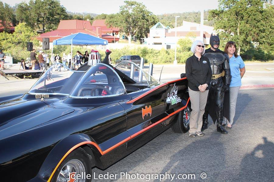 Julie Fulmer - Batman - Rhonda Salisbury at the ELKS Challenge 2015 - Joelle Leder Photography