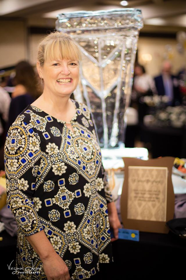 Laura Norman Elegant Auction 2015 image by Virginia Lazar Photography