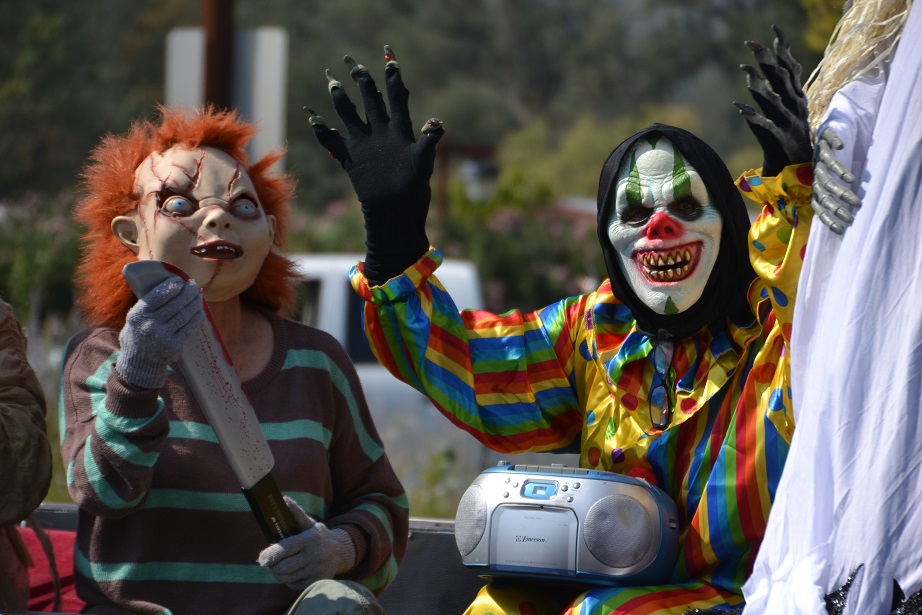 Mountain Lions Club Haunted HOuse 4