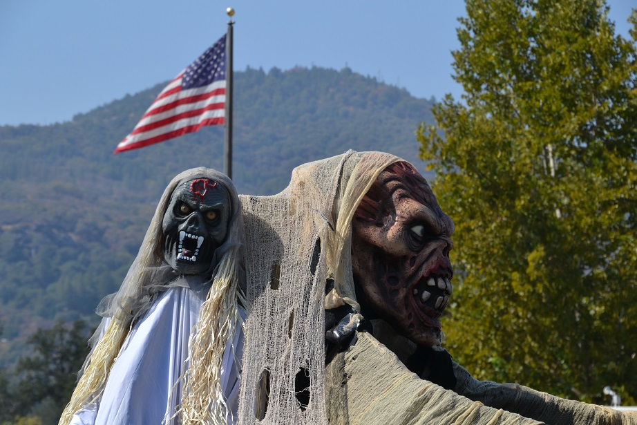 Mountain Lions Club Haunted House 1